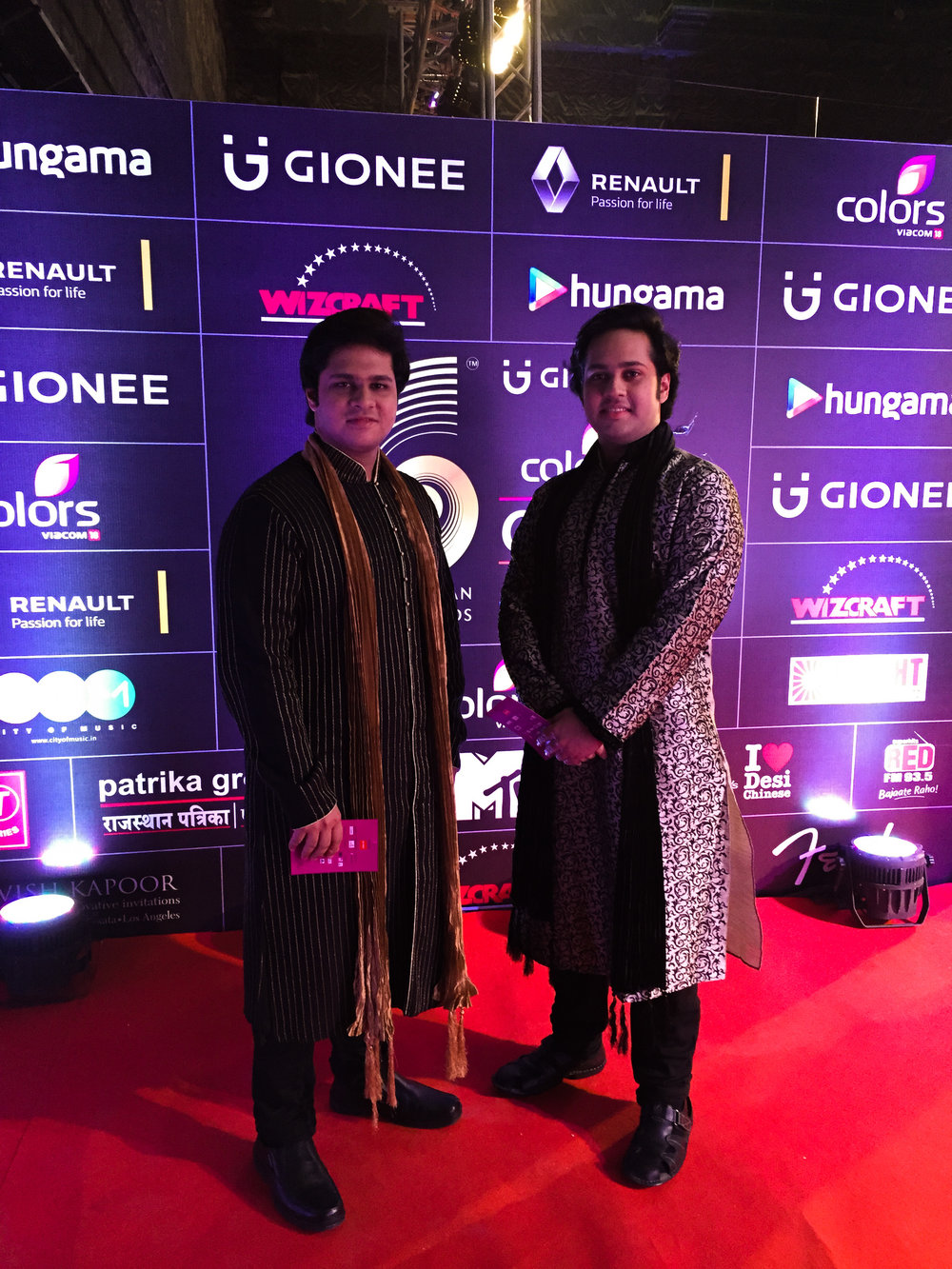 Lakshay & Aayush nominated for GiMA Awards 2016!     Photo : At the Rec Carpet of GiMA in Mumbai