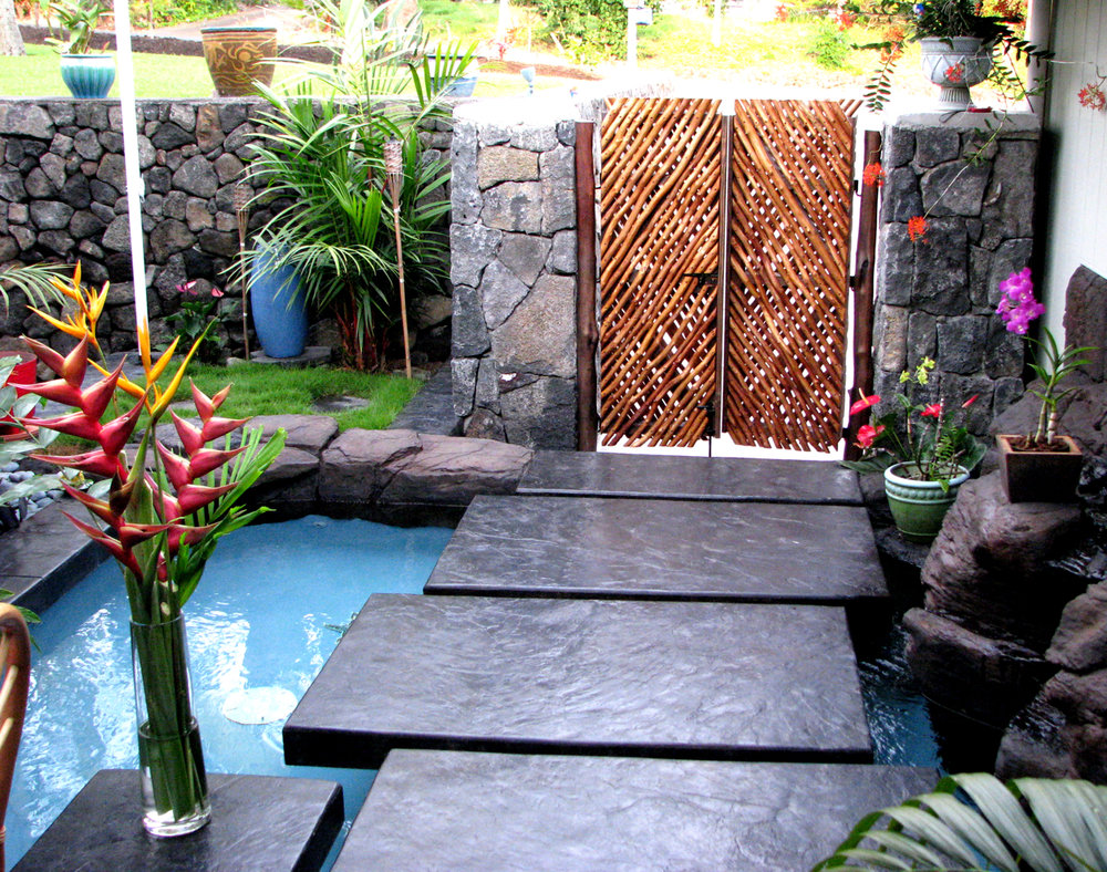 Waterscape floating walkway_ hawaii Kona_Bolton Inc.jpg