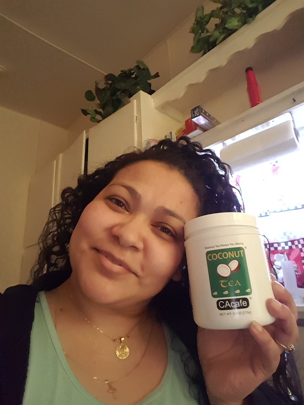 CAcafe customer loves coconut tea, helps with hair loss!