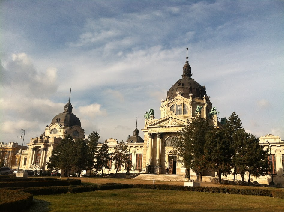 The team visited the Szechenyi Thermal Bath in Budapest, Hungary. (Photo courtesy Julian Kell)