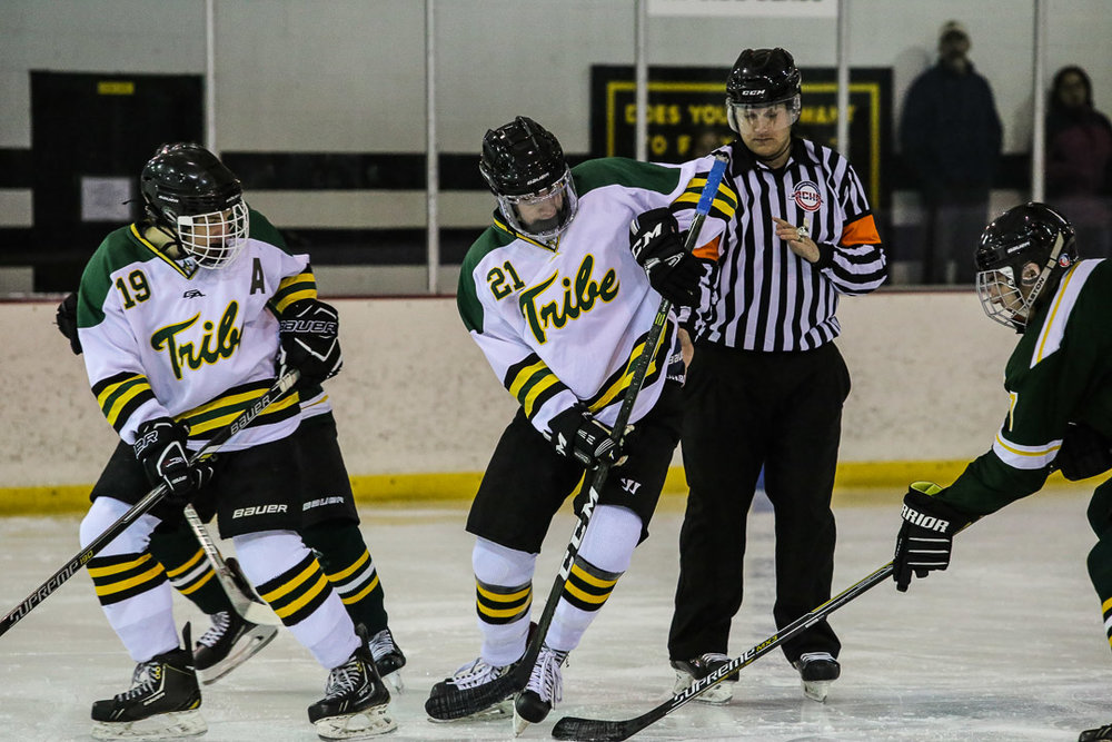 20171110-hockey-game-1.jpg