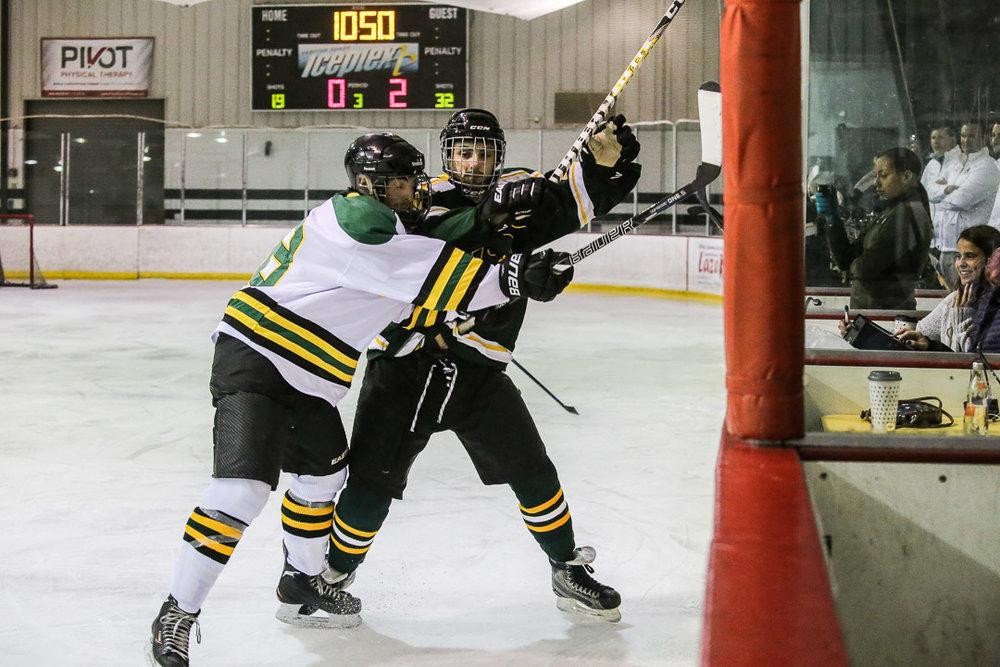 20171110-hockey-game-31.jpg