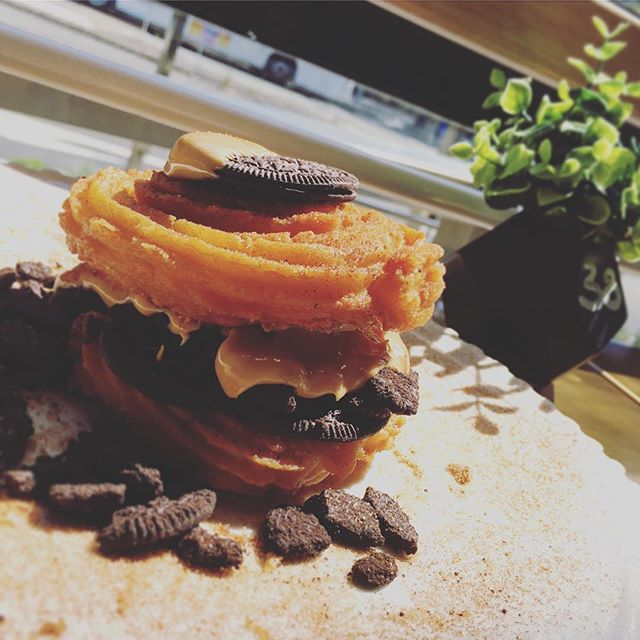 CHURROS BURGER with melted peanut butter & oreo ONLY WITH LOVE LIFE PRODUCTIONS! @hattrickmq @thevoguecafemq @themissingpiecemq #killershake #shakyshake #decadentshake #hattrickmq #beansbitesbooze #themissingpiece #themissingpiecemq #thevoguecafe #thevoguecafemq #sydneybrunch #milkshake  #lovelifeproductions #tmp #tvc #lovelife #macquariecentre #sydneyfood #sydneyeats #sydneyfoodie #foodporn #foodspotting #foodie #lovelife #lovelifeprojects#lovelifeprojects #baristalife #barista #coffeehit #coffeesup #coffee #breakfastinsydney