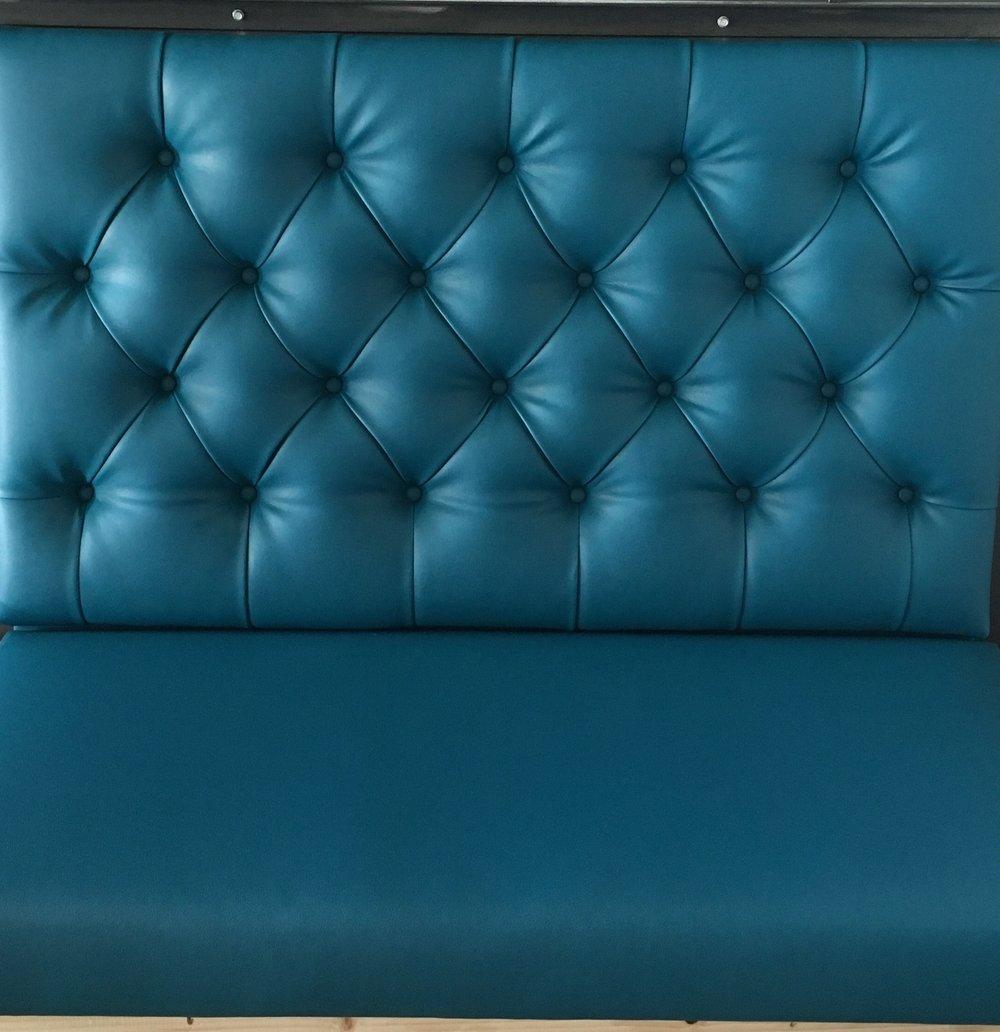 blue bankeqque.jpg