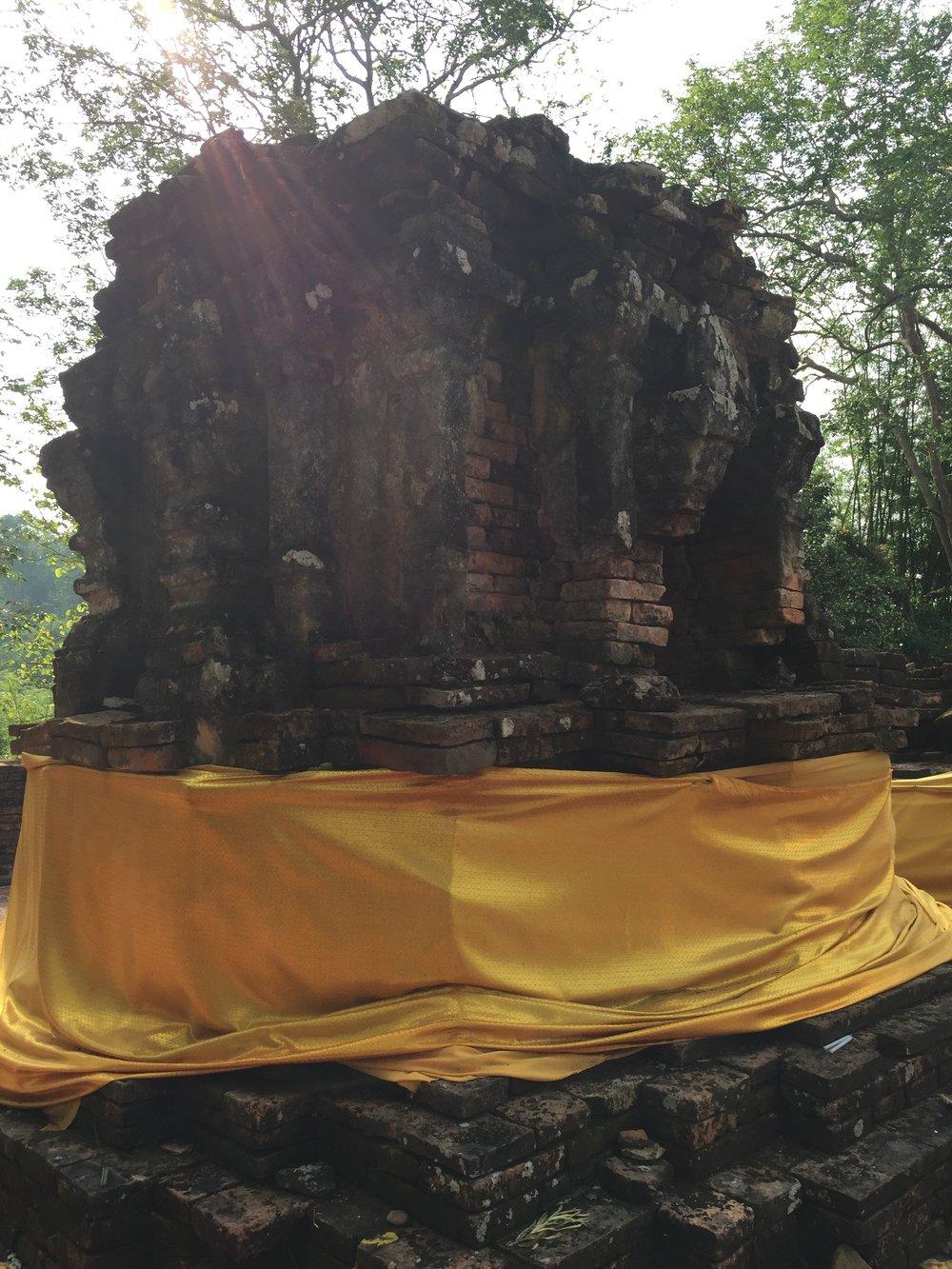 Wat Phra That Phukhao stuppa