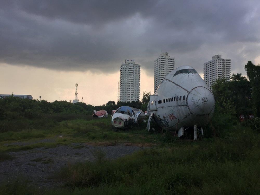 Krung Thep: airplane graveyard
