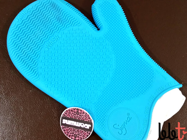 sigma spa brush cleaning glove eyes side