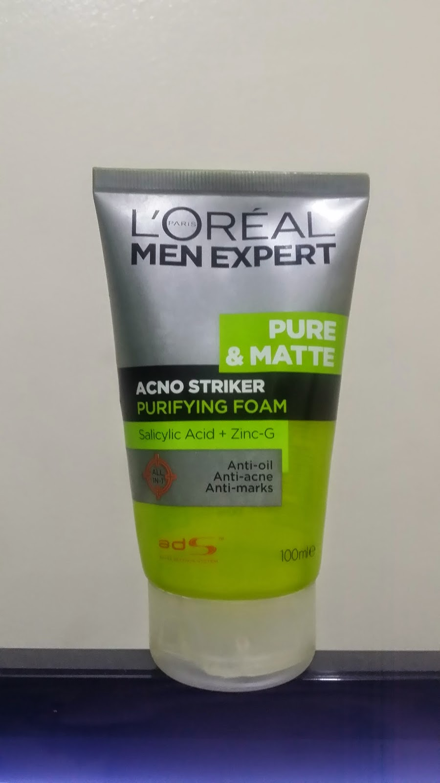 loreal men expert acno striker purifying foam review