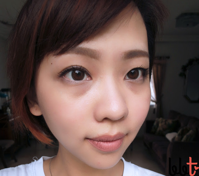 ttop circle lenses model brown worn