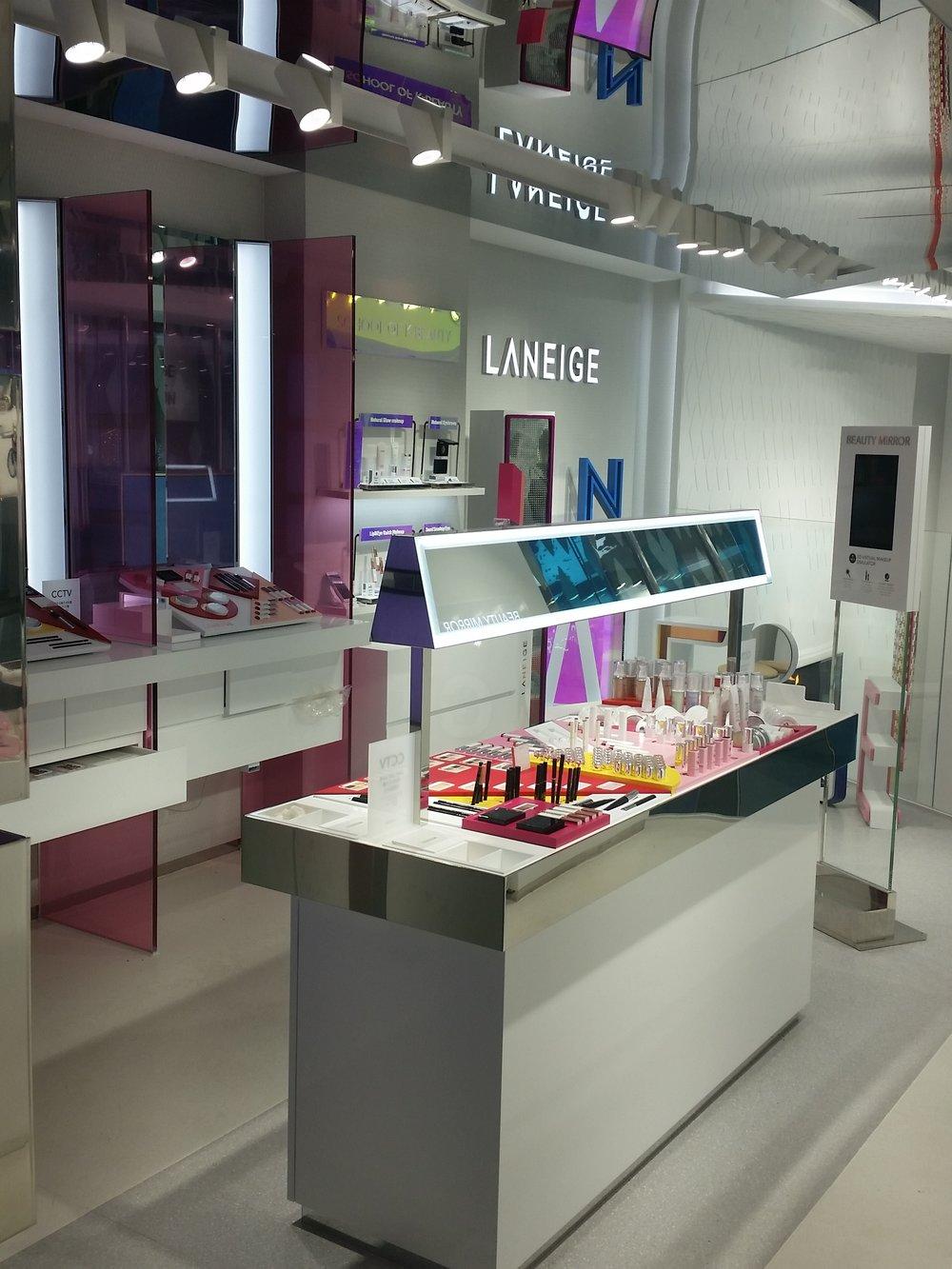Laneige Botique: 2F Laneige Flagship, Myeongdong