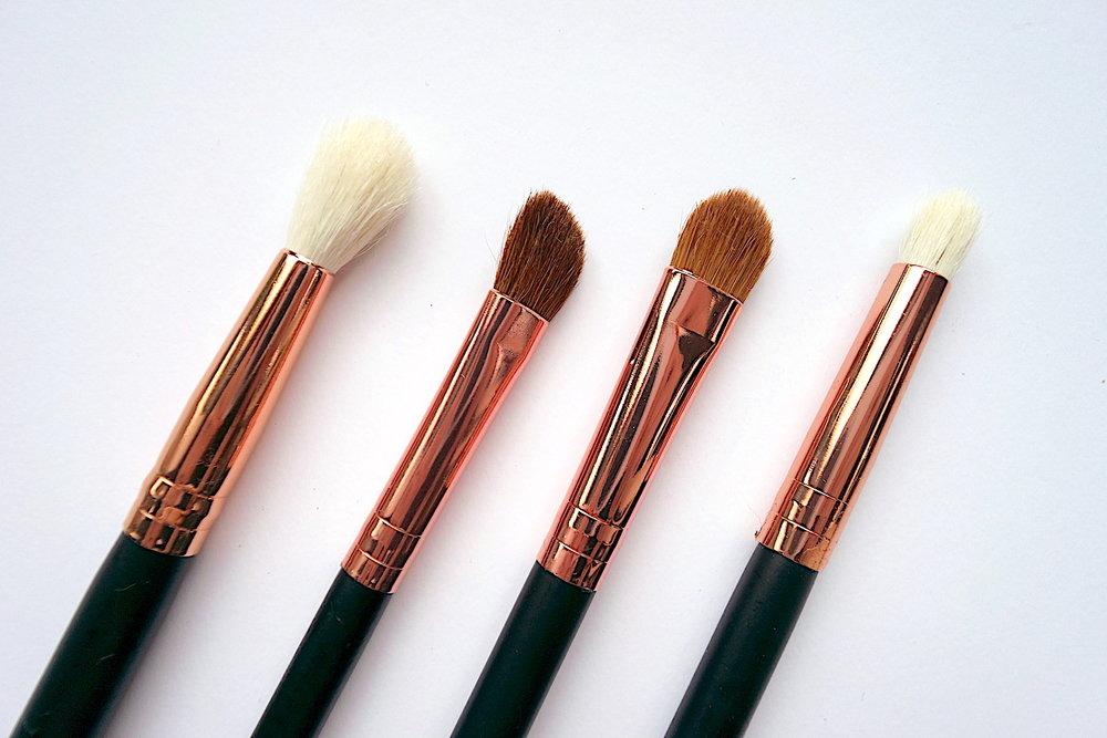 charm travel pro set suzie edition eye brushes