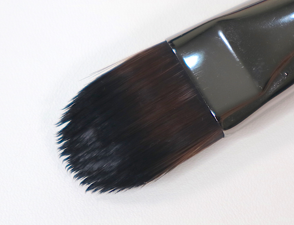 #106 Foundation Brush (Medium)