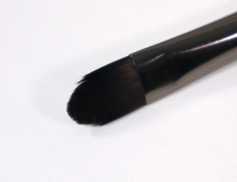 #228 Precision Shader Brush (medium)