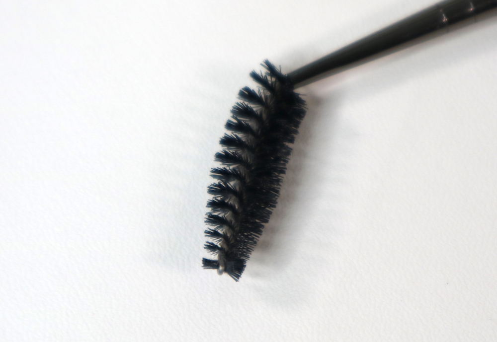 #272 Eyelash Brush