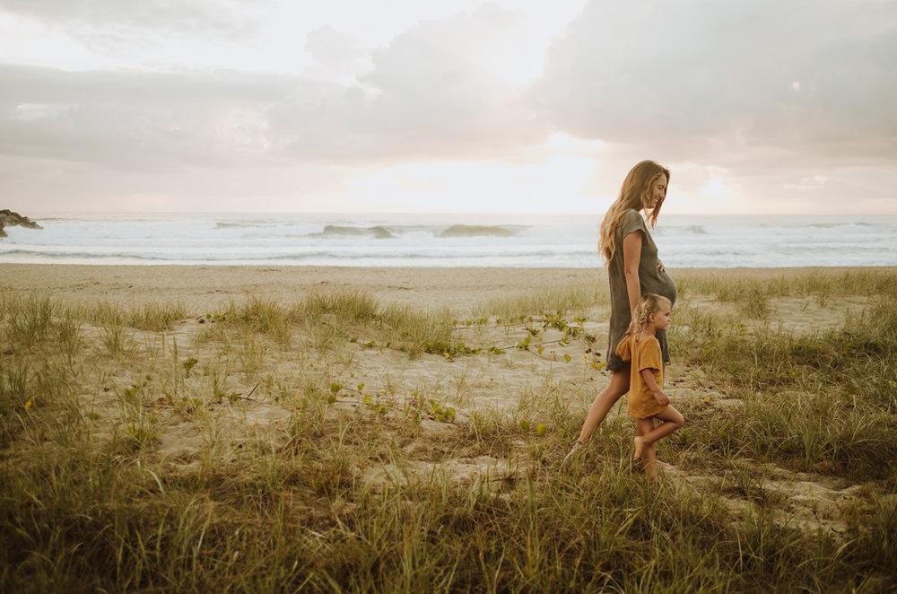 jinti_fell_Beach_Maternity_AlexWarden_Photography54.jpg