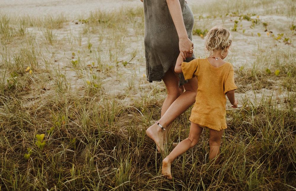jinti_fell_Beach_Maternity_AlexWarden_Photography52.jpg