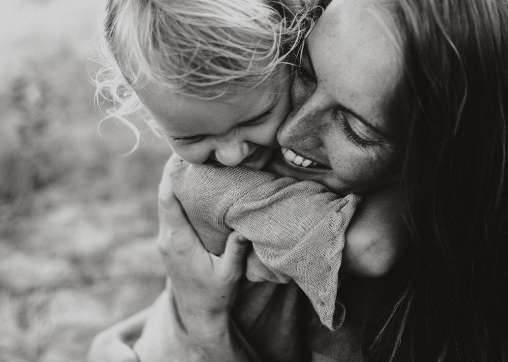 jinti_fell_Beach_Maternity_AlexWarden_Photography56.jpg