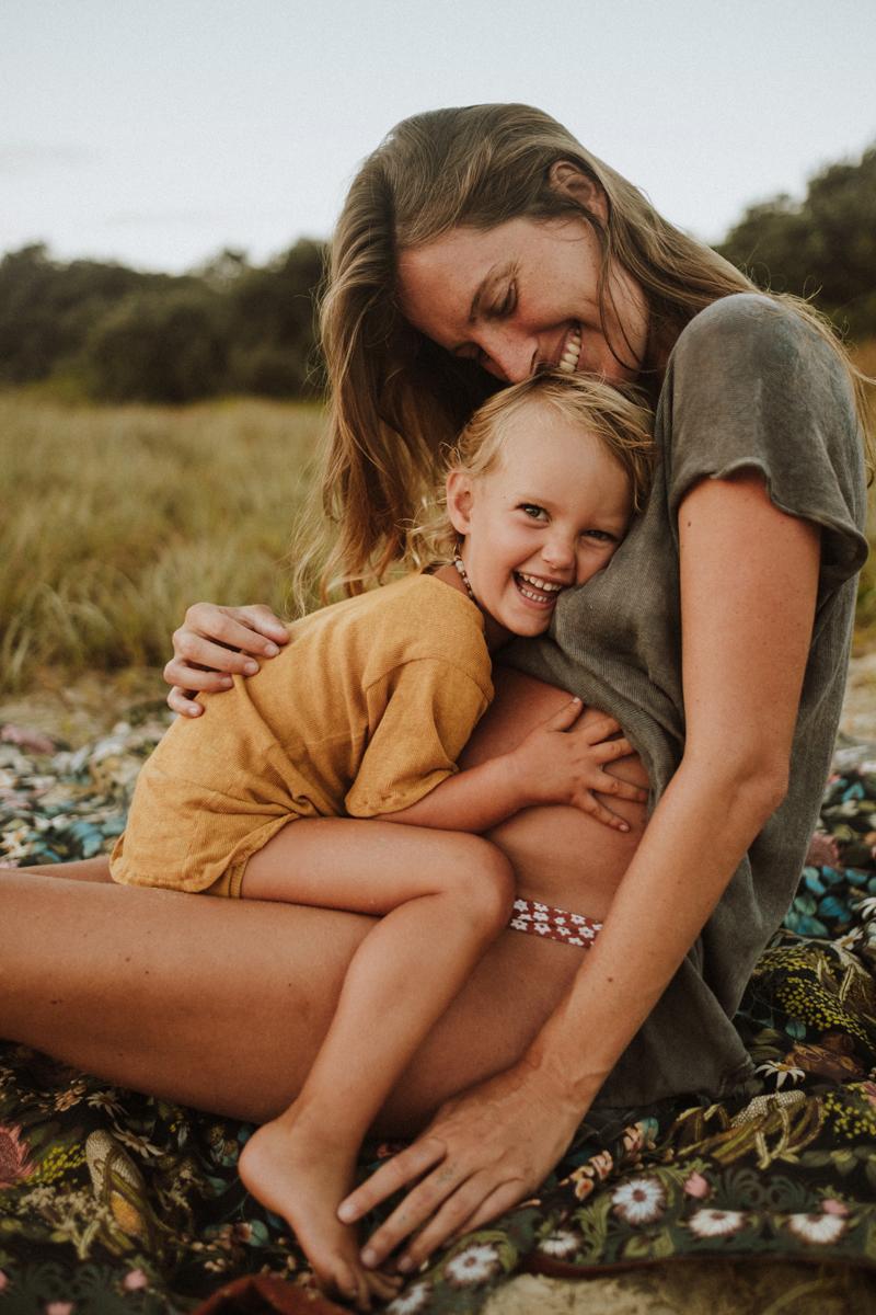 jinti_fell_Beach_Maternity_AlexWarden_Photography51.jpg