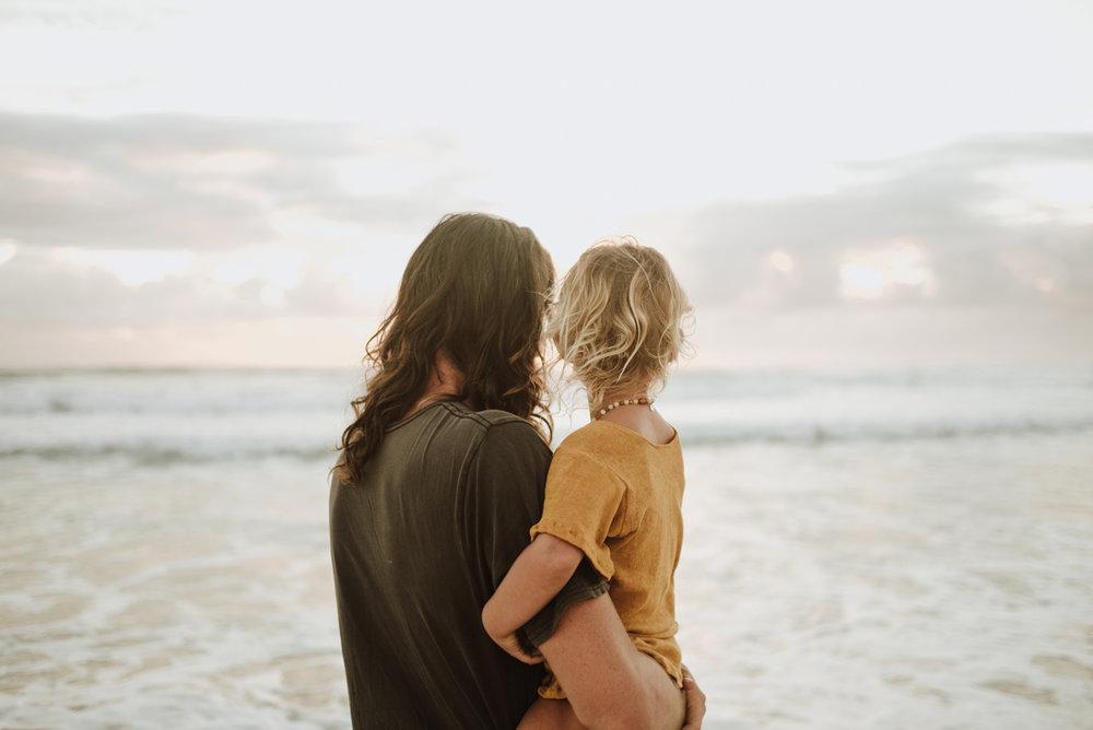 jinti_fell_Beach_Maternity_AlexWarden_Photography27.jpg