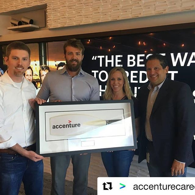 accenture_us 🚣🏼‍♂️🌍💪🏼 rowing 3,000 miles for MIND and Spinal Research, our Dicky Taylor and @the_four_oarsmen is the embodiment of Accenture's Truly Human spirit. Dicky joined our #houston team to talk about his journey and donated one of his oars to our Innovation Hub. . . . #mind #spinalresearch #thefouroarsmen #digitalstudio #accenture #truelyhuman #sponsorship #thankyou #taliskerwhiskyatlanticchallenge #twac2017
