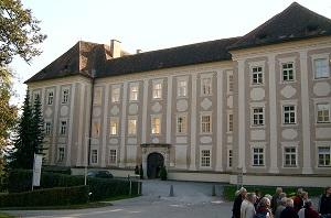 Lipizzaner - Piber Castle (Karl Gruber).jpg