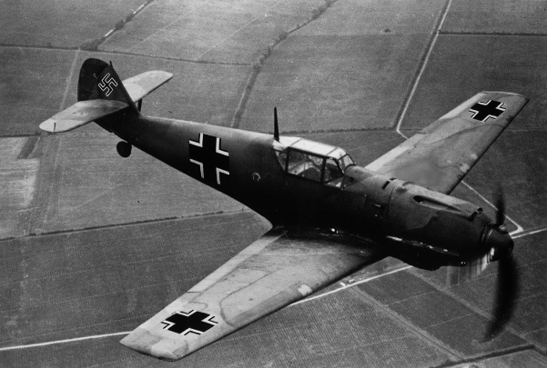 Messerschmitt Bf 109 ( German War Machine )