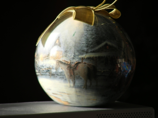 Bauble with painting by Thomas Kinkade