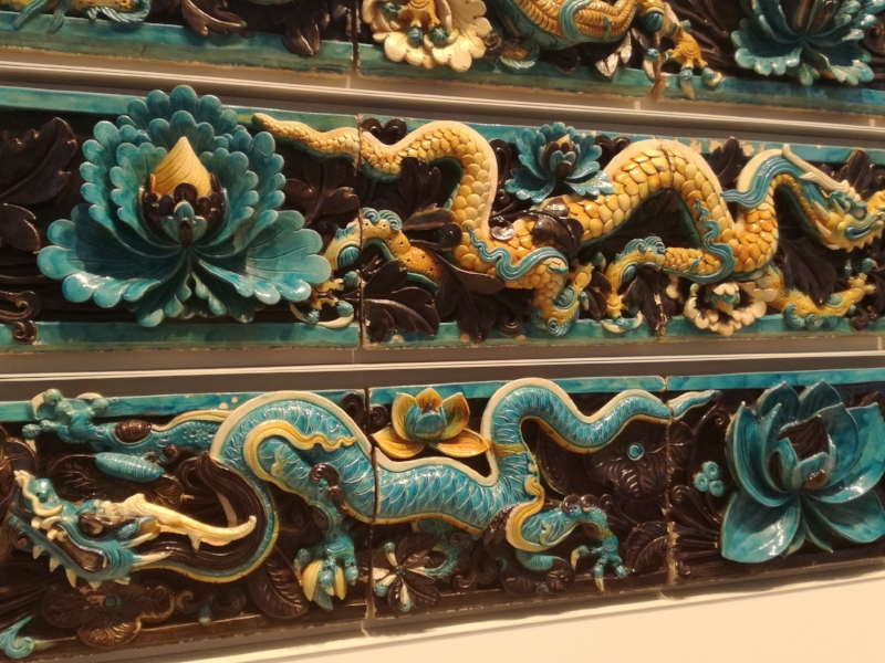 Chinese dragon tiles - detail