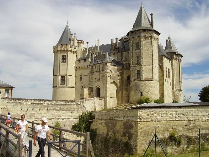 Le Cháteau de Saumur (Wikipedia - Kamel 15)