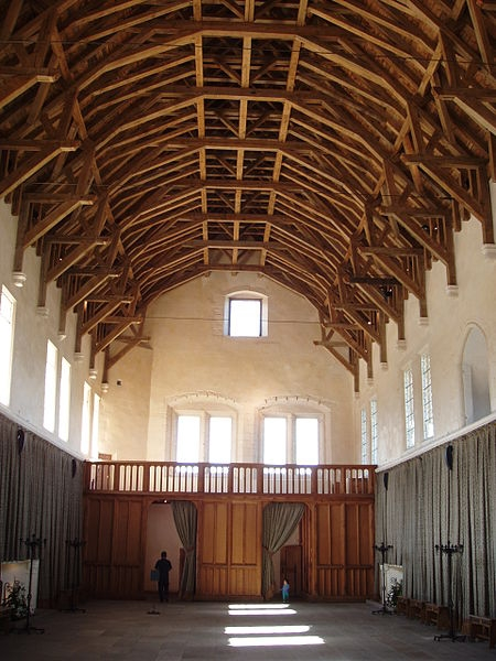 Great Hall, Stirling Castle, early 12th century, view towards the north showing screens passage, with minstrel's gallery above (wikipedia - 'Rab-k')