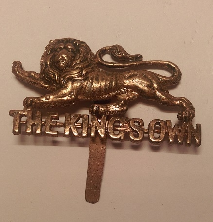 King's Own Royal Regiment (Lancaster) Cap Badge (personal collection) - Wikipedia - Dormskirk (own work)