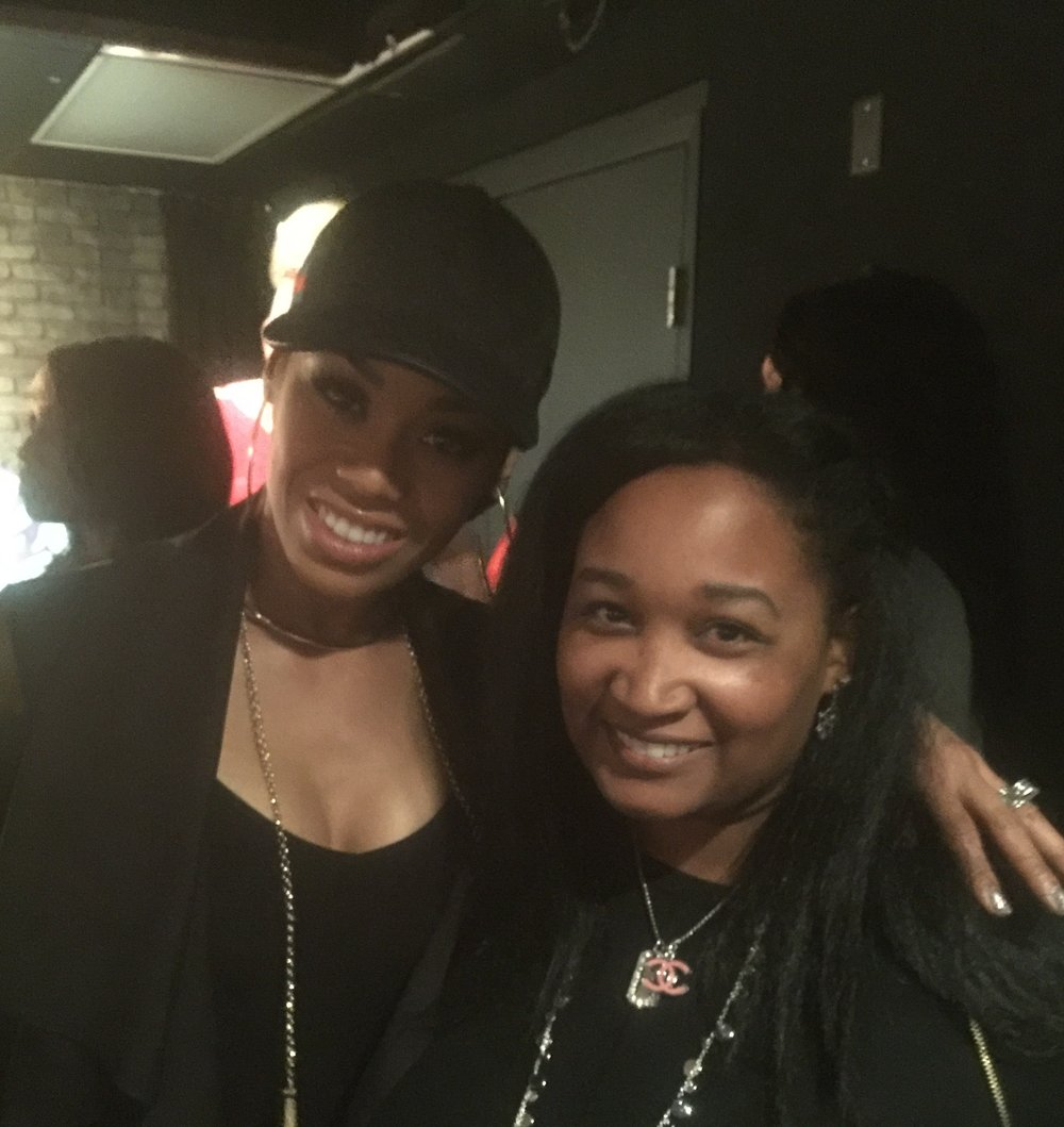 Monique Samuels (RHOP) is a sweetie pie. We sat at the same table and talked before our interviews. So down to earth is she. Again, the black is coincidental. - DC Improv Comedy Club, Spring 2017