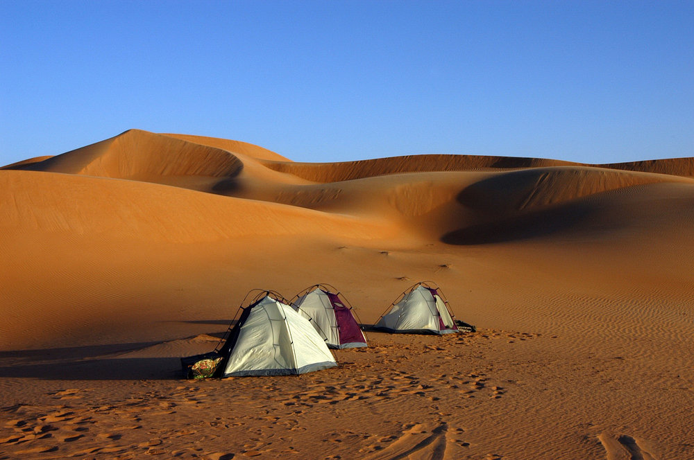 OMAN - camps among the dunes.JPG