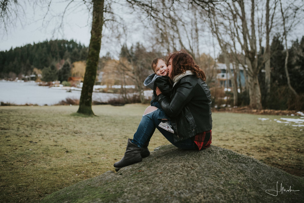 Shelby-- Mommy & me-- Powell River-2508.jpg
