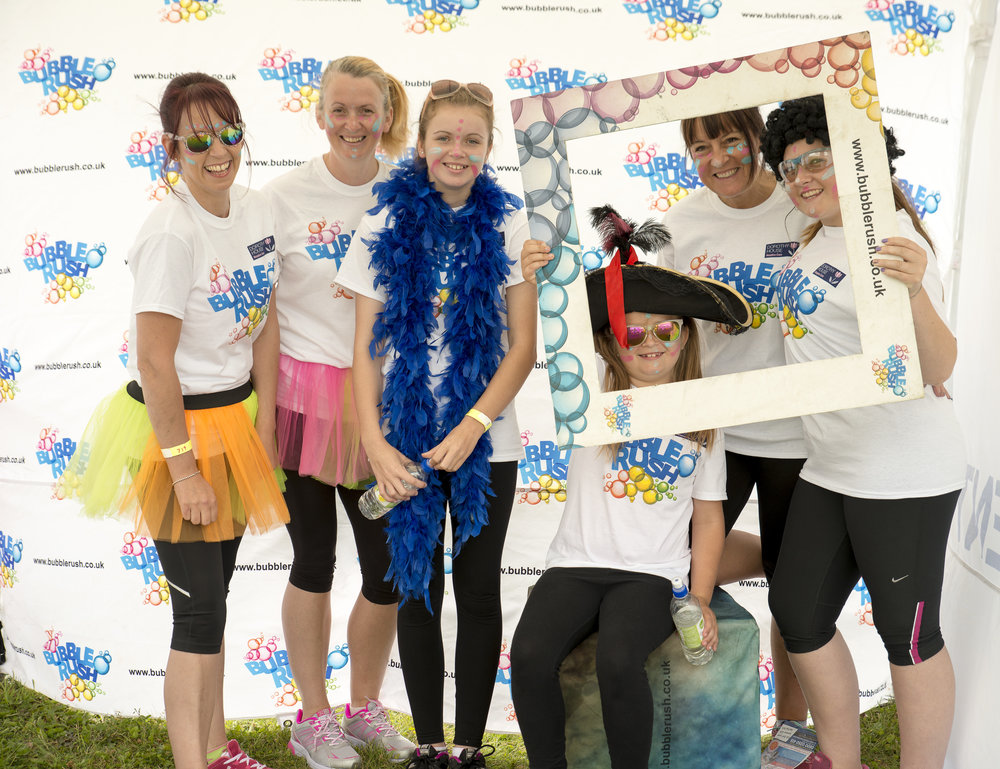 20160731 Dorothy House Bubble Rush_0047.jpg