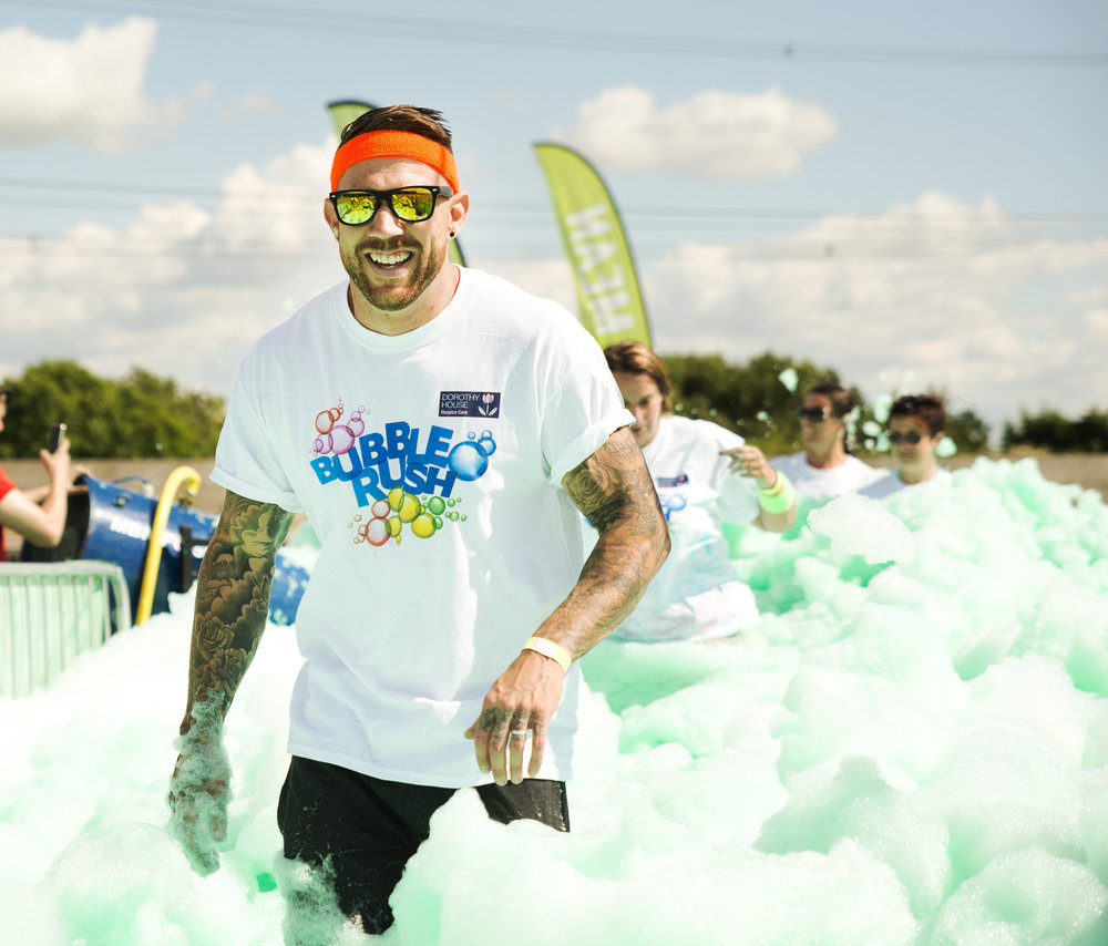 20160731 Dorothy House Bubble Rush_0450.jpg