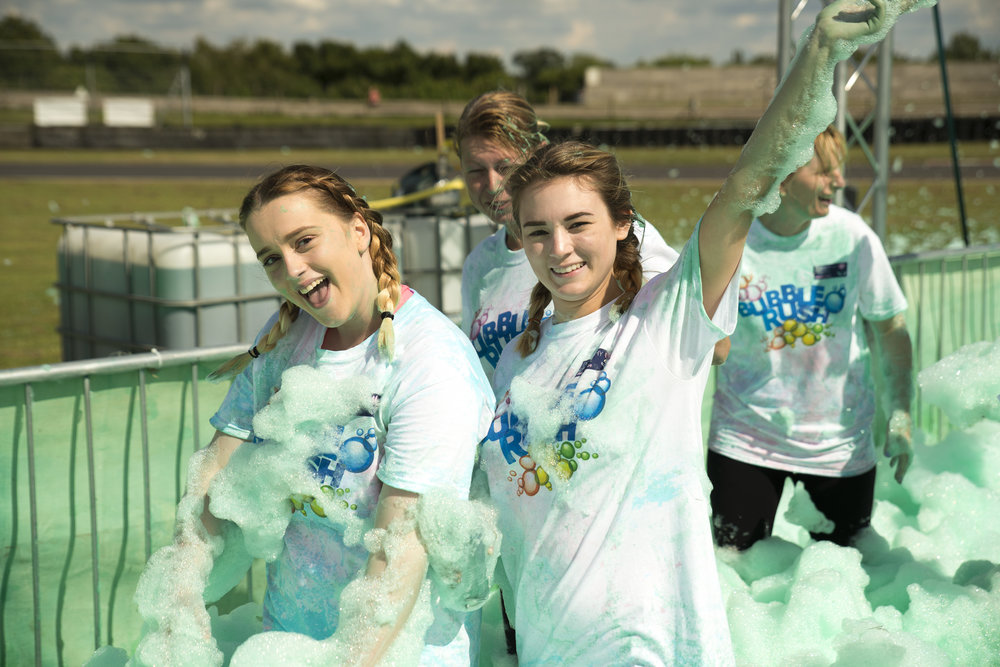 20160731 Dorothy House Bubble Rush_0527.jpg