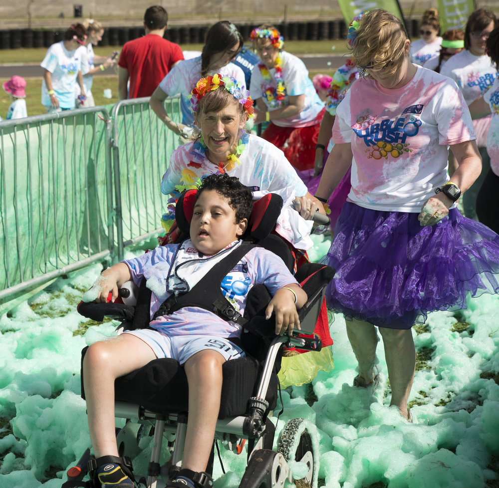 20160731 Dorothy House Bubble Rush_0613.jpg