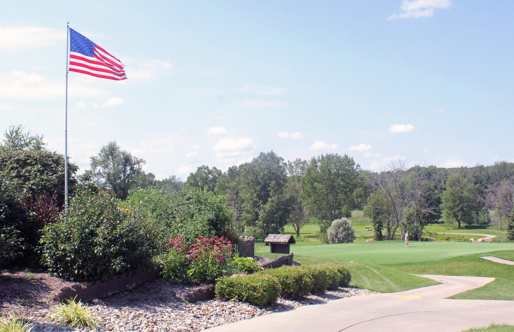 IMG_2150 flag FFO Golf Outing 2015 copy.jpg