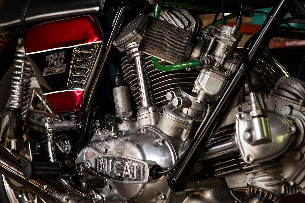 1974 Ducati 750 GT engine