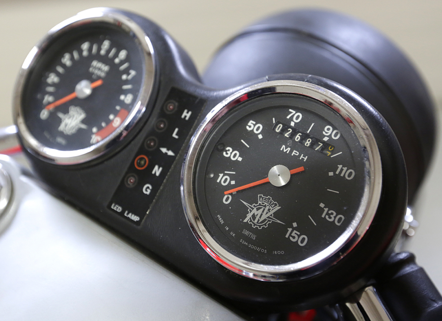 1977 MV Agusta 750 America gauges