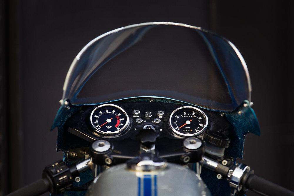 1977 Ducati 900SS gauges