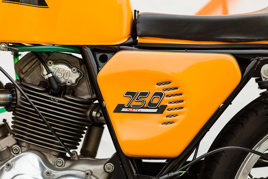 1974 Ducati 750S side cover