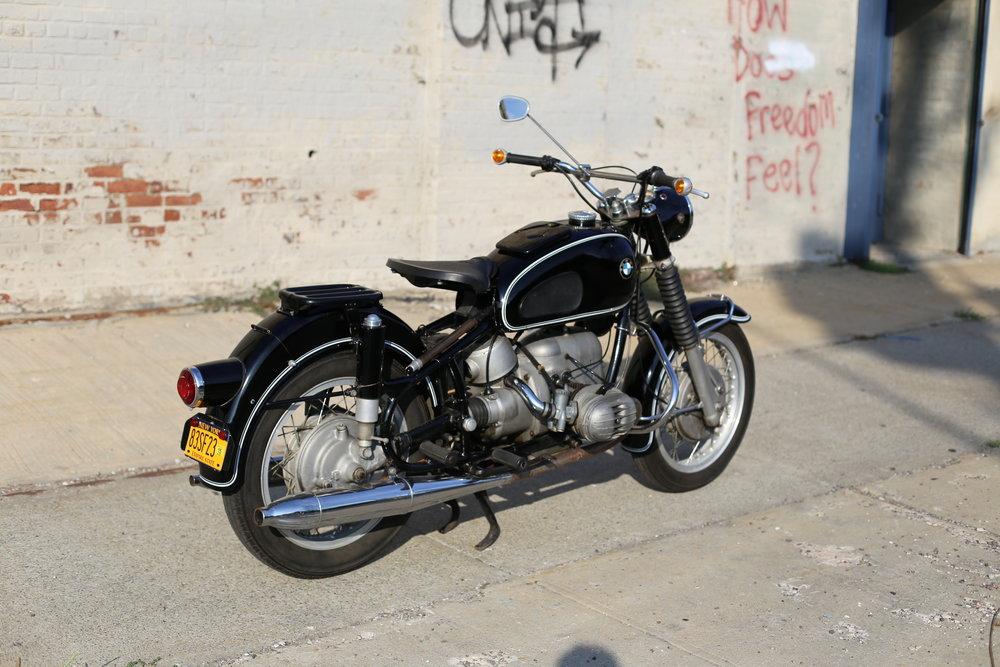 1964-bmw-r60-side