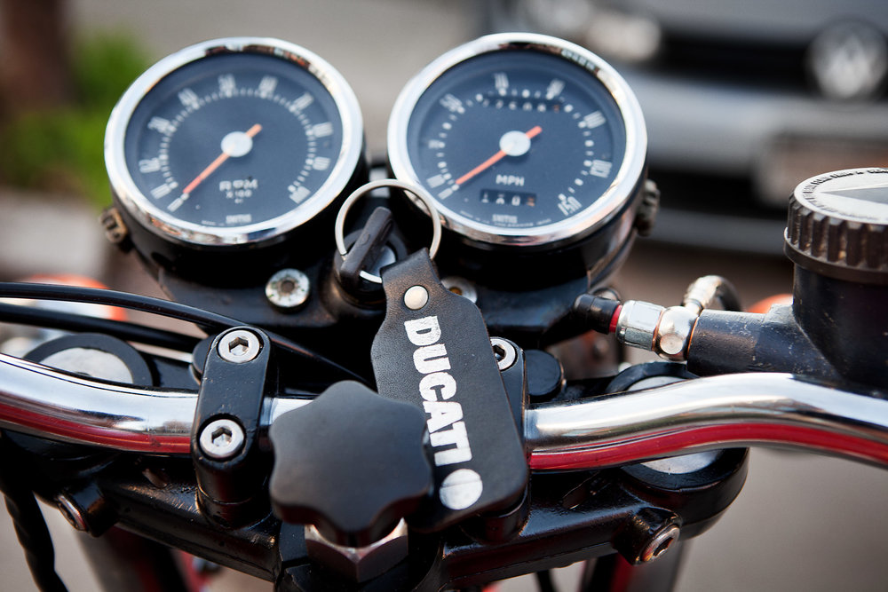 1975 Ducati 750GT Gauge