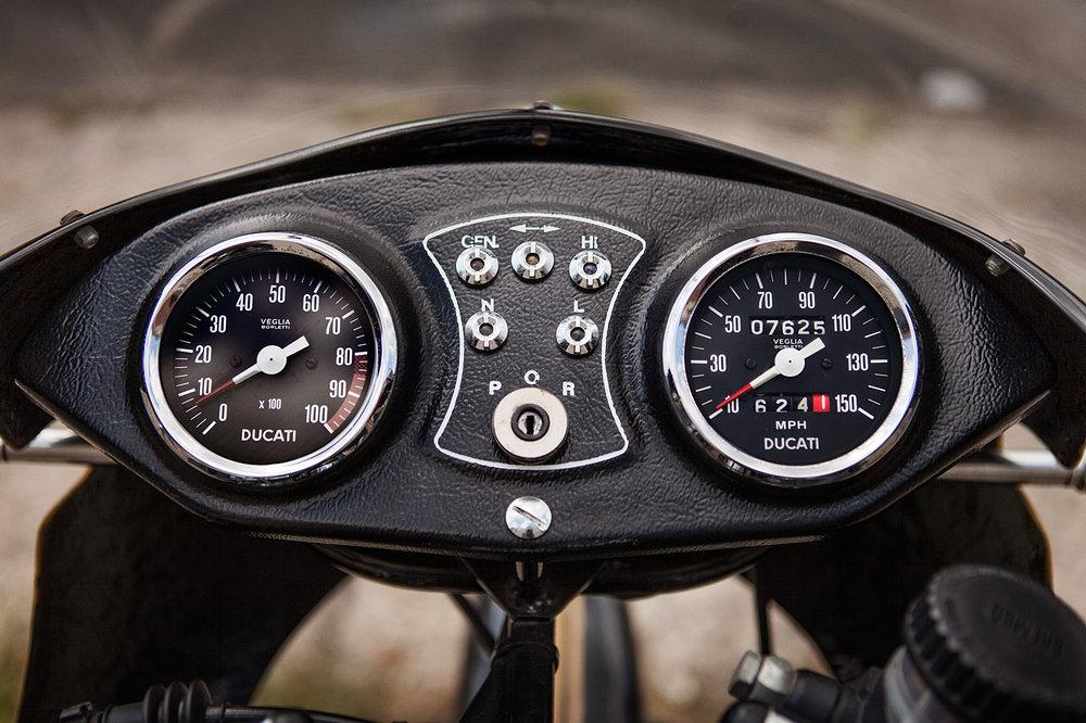 1980 Ducati 900SS Gauges