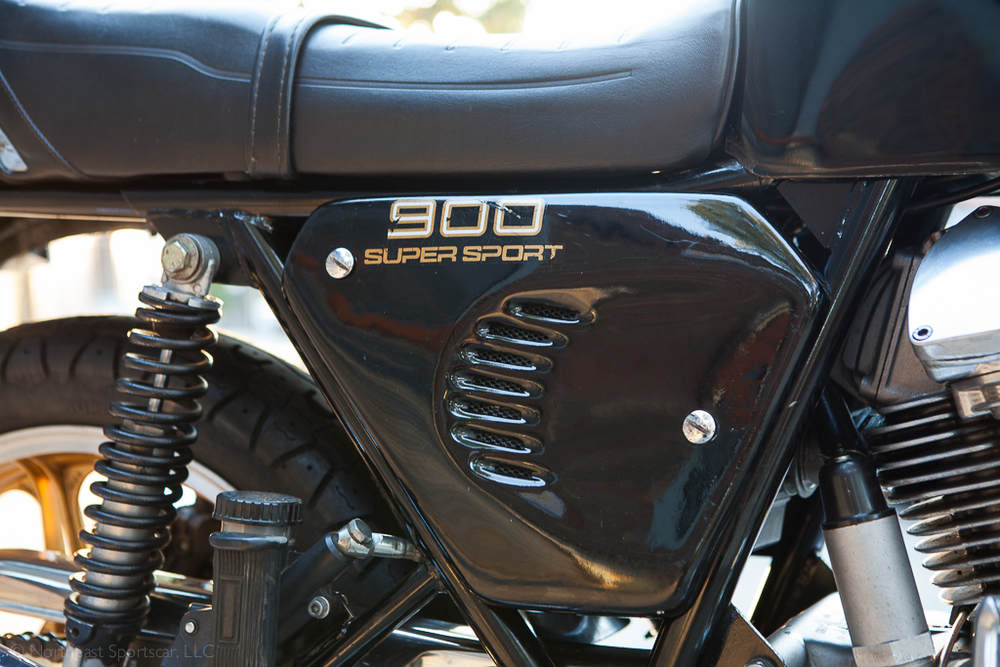1980 Ducati 900SS side cover