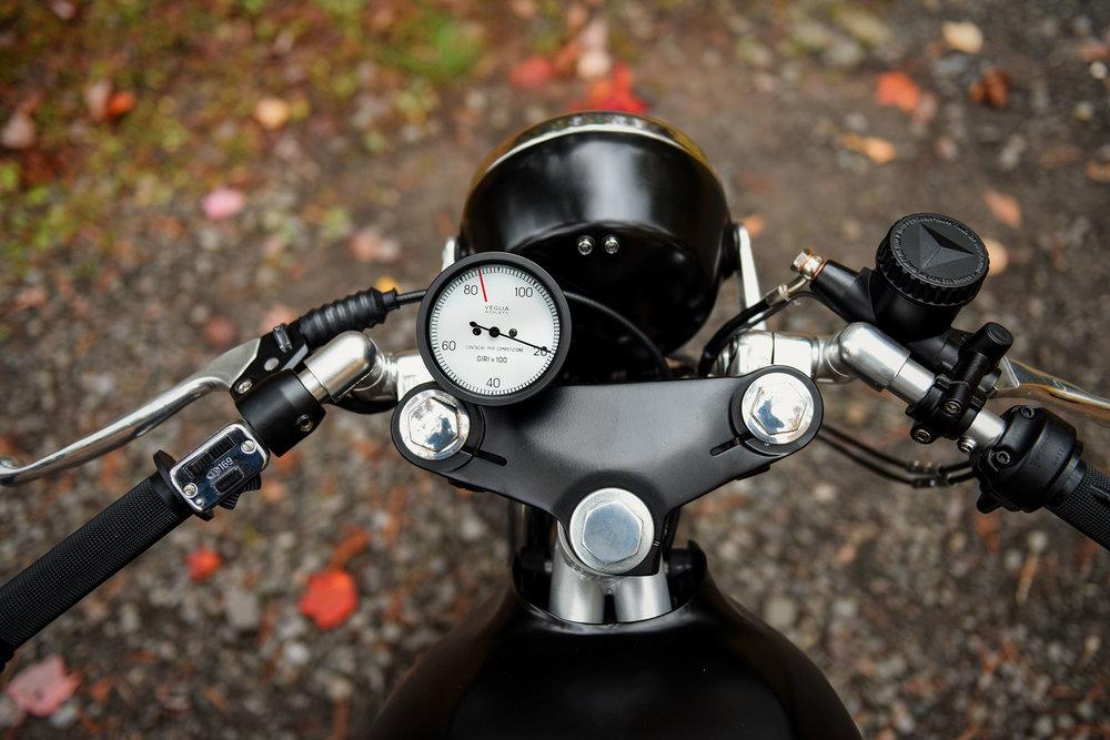 Laverda SFC 2 Custom Motorcycle Moto Borgotaro Veglia tach
