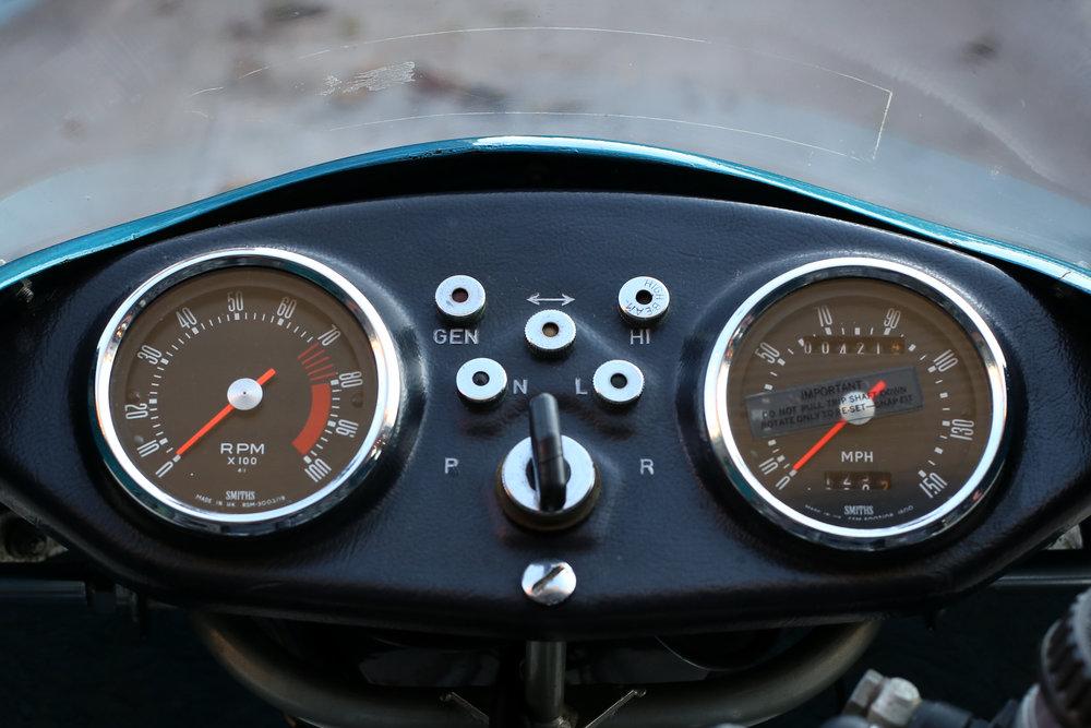 1977 ducati 900ss dash