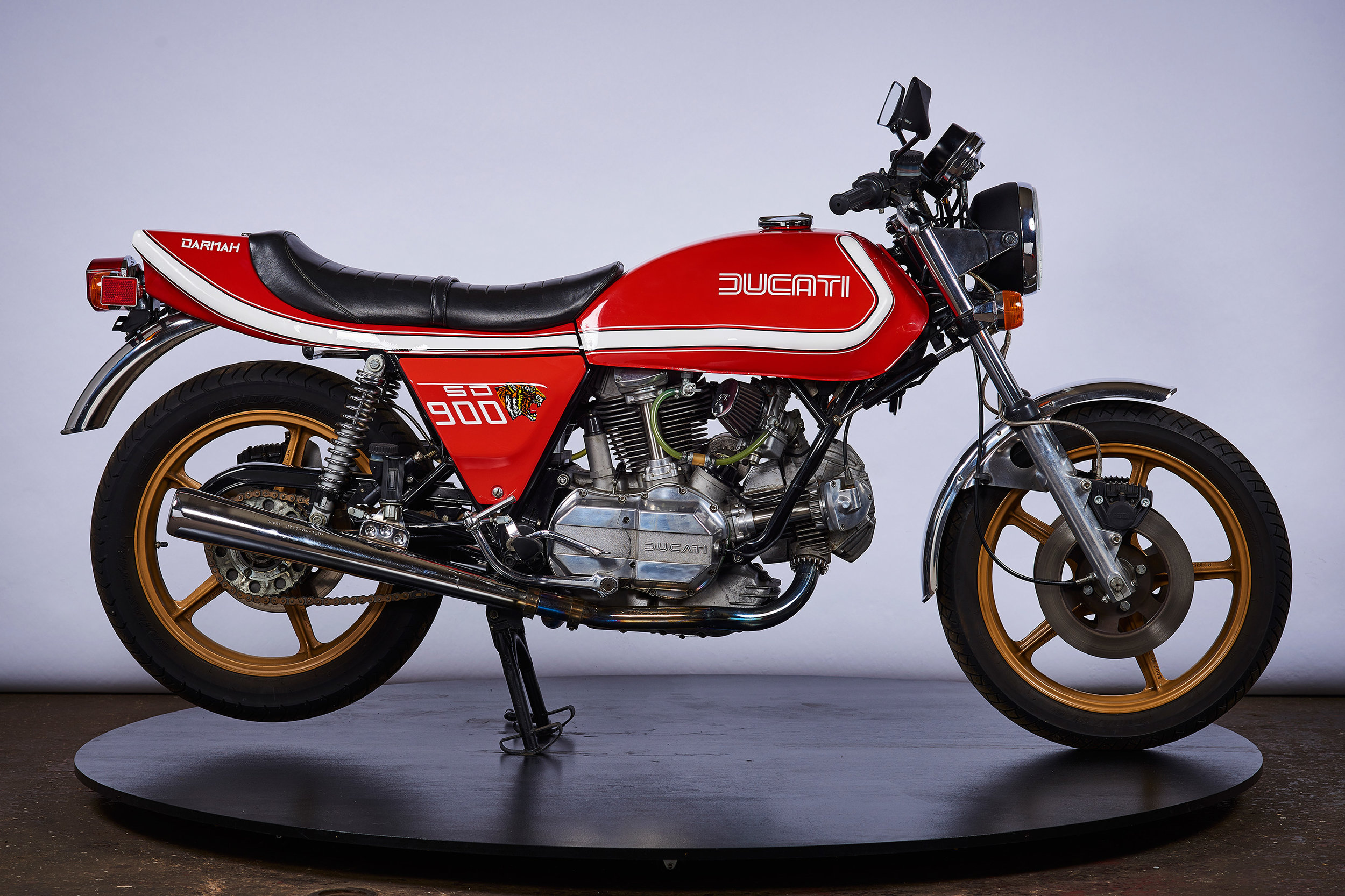 Ducati Darmah SD SB70s Show